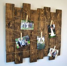 Rustic Wood Slat Picture Display Rustic Wedding Seating Chart Rustic Home Decor Valentine's Day Gift Memo Board Gallery Wall Wedding Picture Walls, Wedding Wall, Deco Noel Nature, Exposition Photo, Christmas Collage, Christmas Cards, Diy Décoration, Picture On Wood, Diy Picture Frames On The Wall