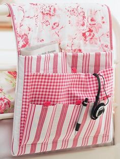 Free Projects The projects below can either be viewed on the site or downloaded as pdfs for you to make. Sewing/craft accessories - Bag Making -So Sew Simple (projects for beginners) - Gift ideas - Things for the House - Clothing - Christmas- Patchwork & Quilting - Kids/Babies - See more at: http://www.thesewingdirectory.co.uk/free-projects/#sthash.qu0cJPQ0.dpuf