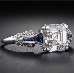 Karat Diamant Art Deco Ring in Asscherschliff, . - Karat Diamant Art Deco Ring in Asscherschliff, ringasscher - Anel Art Deco, Bijoux Art Deco, Art Deco Jewelry, Fine Jewelry, Jewelry Ideas, Jewelry Websites, Jewelry Stores, Cheap Jewelry, Expensive Jewelry