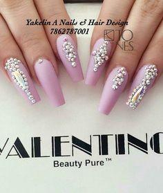 awesome Rhinestone nails...
