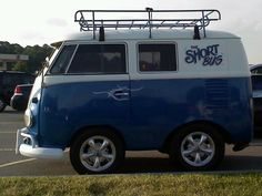 I LOVE the short bus!!
