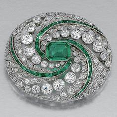 Beautiful Brooch Green Emerald Baguette Swing Style sterling silver 925 jewelry* #NikiGems