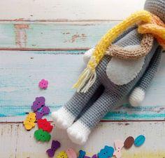 Free crochet cat pattern - legs