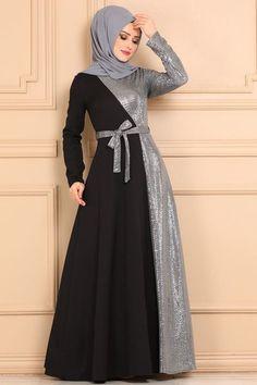 Long Gown Dress, Chiffon Maxi Dress, The Dress, Indian Fashion Dresses, Abaya Fashion, Fashion Outfits, Dress Neck Designs, Designs For Dresses, Estilo Abaya