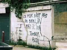 Street art, des phrases barrées qui sentent la farine et la demer