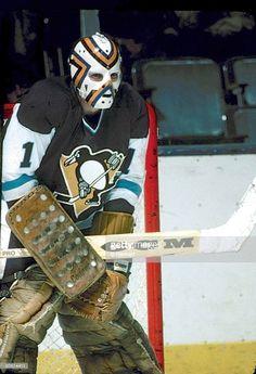 Hockey Goalie, Hockey Teams, Hockey Players, Ice Hockey, Pittsburgh Penguins Goalies, Pittsburgh Sports, Pens Hockey, Lets Go Pens, Goalie Mask