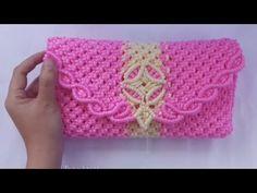 Crochet Flower Spirals In Center Tutorial 59 Part 1 of 2 - Crochet Zig Zag Crochet Stitches Patterns, Macrame Patterns, Crochet Motif, Tutorial Diy, Purse Tutorial, Hole Band, Crochet Scarf For Beginners, Rubber Band Crafts, Crochet Baby Beanie