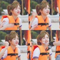 Kpop Girl Groups, Korean Girl Groups, Kpop Girls, Lisa Bp, Jennie Lisa, Yg Entertainment, Thailand Language, Rapper, Hip Hop