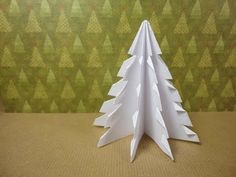 how to make a paper Xmas Tree from a square of paper Origami Christmas Tree, Christmas Tree Napkins, Christmas Party Decorations, Christmas Paper, Xmas Tree, Fir Tree, Paper Tree, 3d Paper, Paper Crafts