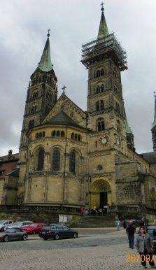 Iglesia de #bamberg #alemania http://www.pacoyverotravels.com/2010/10/bamberg-el-corazon-de-franconia.html