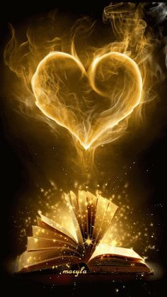 The perfect Book Heart Fantasy Animated GIF for your conversation. Discover and Share the best GIFs on Tenor. Coeur Gif, Corazones Gif, Gif Animé, Animated Gif, Animated Heart, I Love Books, Belle Photo, Love Heart, Book Lovers