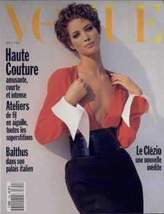 Christy Turlington photographiée par Brigitte Lacombe en couverture du numéro de septembre 1990 de Vogue Paris