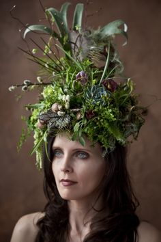 woodland botanical headpiece, Francoise Weeks - photo: Ted Mishima