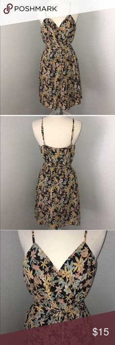 """F21 Wrap dress Flower Print Dress . Wraps around body and tie it nicely with bow detail. V neckline. Lined. Length 26 3/4"""". Forever 21 Dresses"""