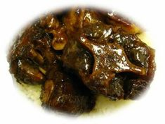 CROCK POT CURRY OXTAIL  http://www.51recipeblog.com/2/category/indian/1.html