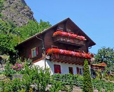 "Chalet ""Erika""  http://VACAROY.com/vacation-rental/switzerland/valais/stalden/CH3922-1-1/  #chalet #alpine #mountains #switzerland"