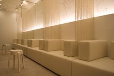 A waiting room in Japan someplace...Socale Interiors, designed by Yamamura Shunsuke. Like the privacy panels.