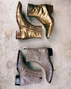 dirtylittlestylewhoree gold ankle boots