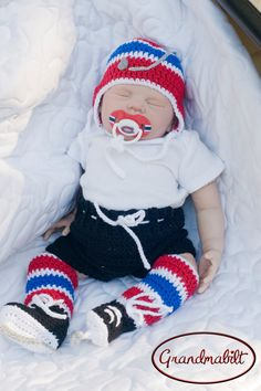 BABY BOYS HOCKEY Helmet Hat Crocheted in Canadian by Grandmabilt