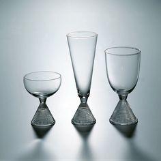 "Tapio Wirkkala - Glassware ""Kauttolasi"" for Iittala, Finland. Clear Glass, Wine Glass, Glass Art, Glass Design, Design Art, Crystal Glassware, Drinking Glass, Glass Collection, Ceramic Artists"