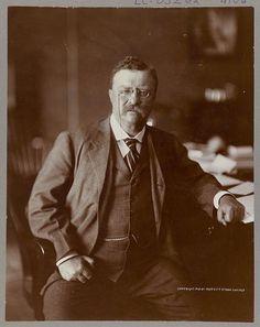 На картинке мы видим фотографию Теодора Рузвельта.