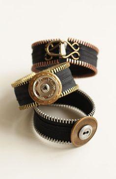 zipper bracelet diy - link doesn't work but pic is enough . Zipper Bracelet, Zipper Jewelry, Fabric Jewelry, Beaded Jewelry, Jewelry Bracelets, Handmade Jewelry, Jewellery, Bullet Jewelry, Gemstone Bracelets