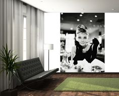 Audrey Hepburn mural