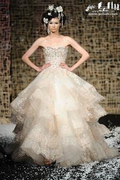 Opulent wedding gowns by Michael Cinco Wedding Dresses Pinterest, Long Wedding Dresses, Bridal Dresses, Wedding Gowns, Fabulous Dresses, Beautiful Gowns, Elie Saab, Michael Cinco Couture, Trends