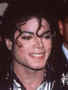 Sheila Delva uploaded this image to 'Michael Jackson pictures'. See the album on Photobucket. Michael Jackson Photoshoot, Photos Of Michael Jackson, Michael Jackson Bad Era, Bad Michael, Beautiful Person, Beautiful Men, Sheila, Apple Head, King Of Music