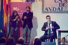 Iñigo Ruiz Cantaor.  Concierto I Ciclo Flamenknet con Guillermo Guillén a la guitarra y Raúl Micó y Alberto Pavía  a las palmas (Octubre 2010).