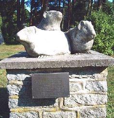 Guinea pig monument.  Meerschweinchen-Denkmal. F. Cremer. Isle of Riems
