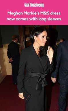 The Duchess of Sussex's sell-out Marks & Spencer dress is back, but this time there's a long-sleeved style, too - and we love it! Meghan Markle Dress, Meghan Markle Style, Marks & Spencers Dresses, Peplum Dress, Bodycon Dress, Royal Style, Royal Fashion, Dress Backs, Royals