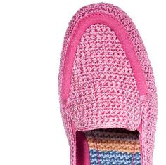 pink sak crochet shoes