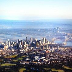 Sydney Australia from the air! A great pic by @LifeCatchMe @Australia