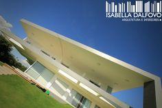 Residência Projetada por Isabella Dalfovo Arquitetura e J. Zielak