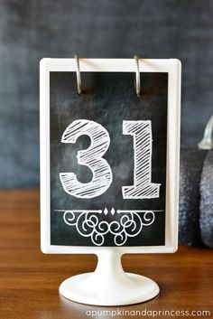 Free Chalkboard Numbers Printables (1-31, perfect for a monthly countdown!)
