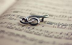Music Theme Wedding Favor Ideas Keywords: #weddings #jevelweddingplanning Follow Us: www.jevelweddingplanning.com  www.facebook.com/jevelweddingplanning/