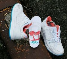 ASICS GEL LYTE III 3 H511L miami vice pack white leather mens running shoes