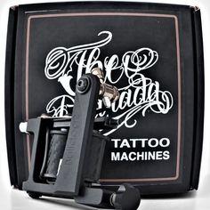 """Bom dia Tattoo Lovers ! É com enorme orgulho que anunciamos que a nossa """"BullDog II Theo Pedrada Tattoo Machines"""" foi vencedora do concurso de maquinas de Tattoo na convenção de Joinville ! Parabéns Theo Pedrada  mais um prémio que trazes para casa !  Para conhecerem melhor a vencedora visitem a nossa loja online aqui: https://pedradatattoosupplies.com/produto/theo-pedrada-tattoo-machines-bulldog-2-liner/ Ou passem pela Costa de Caparica para verem com os próprios olhos ;) Até ja…"""
