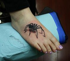 Daniel Chashoudian - black widow spider tattoo