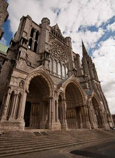 CHARTRES CATHEDRAL - FRANCE Take Me To Church, Iglesias, Place Of Worship, World Heritage Sites, Temples, Barcelona Cathedral, Castles, Places Ive Been, Beautiful Places