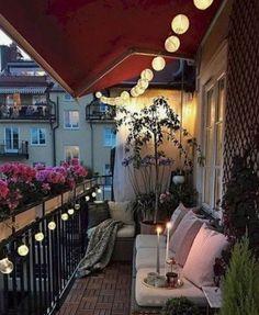Yastık kırlent ve balkon mobilyası ile bitkilerle kış balkonu fikri   Kadınca Fikir - Kadınca Fikir Outdoor Decor, Home Decor, Decoration Home, Room Decor, Home Interior Design, Home Decoration, Interior Design