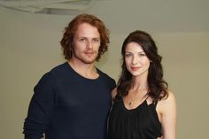 Sam Heughan and Caitriona Balfe Caitriona Balfe Outlander, Sam Heughan Outlander, Outlander Book, Outlander Casting, Claire Fraser, Jamie And Claire, Jamie Fraser, Laura Donnelly, John Bell