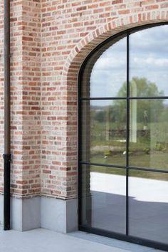 Elbeko | Realisaties | Villabouw op maat German Architecture, Architecture Details, May House, Sweet Home Design, Belgian Style, Brick Facade, Property Design, Mansions Homes, Brickwork