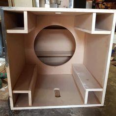 Audio Amplifier, Hifi Audio, Car Audio, Subwoofer Box Design, Speaker Box Design, Speaker Plans, Speaker System, Sub Box Design, Home Theater Rooms