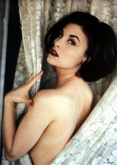 "Sherilyn Fenn in a photo shoot for ""The Face"" magazine dec 1990.....  good god"