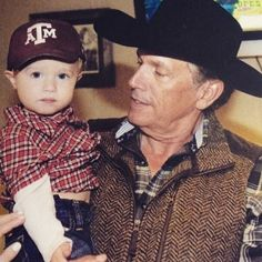 George Harvey Strait and his grandson, George Strait III- Harvey (Bubba's son) Country Musicians, Country Music Artists, Country Music Stars, Country Singers, George Strait Quotes, George Strait Family, Brad Paisley, King George, Rey