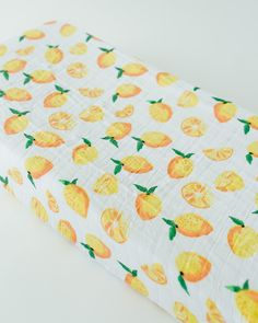 Muslin Changing Pad Cover, Lemon