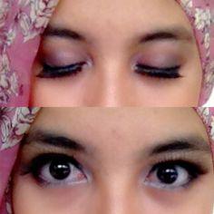 Rose eye shadow + black liquid liner + fake lashes