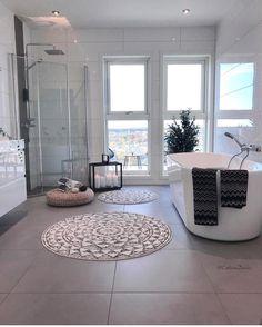 いいね!29.7千件、コメント159件 ― INTERIOR123さん(@interior123)のInstagramアカウント: 「💛 Bathroom inspiration! 📸 @cathrinedoreen」 Art Deco Bathroom, Bathroom Layout, Bathroom Interior Design, Modern Interior Design, Modern Bathroom, Interior And Exterior, Interior Decorating, Design Interiors, White Bathroom